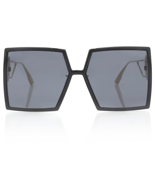 Dior Eyewear 30Montaigne square sunglasses in black
