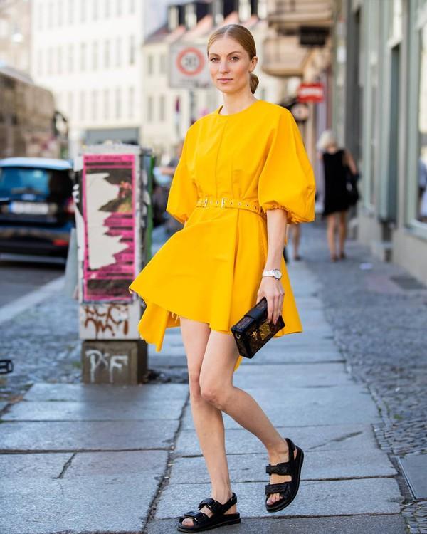 dress mini dress short sleeve dress flat sandals bag