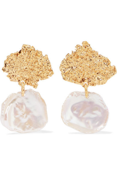 Pacharee - Moss Gold-plated Pearl Earrings