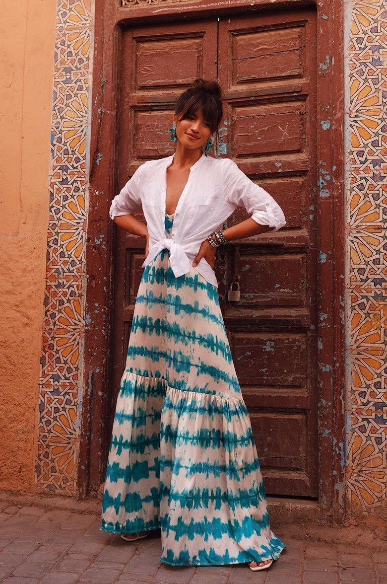 dress white rocky barnes instagram blogger maxi dress summer dress sleeveless dress tie dye flat sandals white shirt