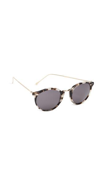 Illesteva Portofino II Sunglasses in white