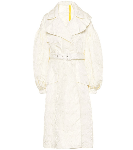 Moncler Genius 4 MONCLER SIMONE ROCHA Dinah coat in white