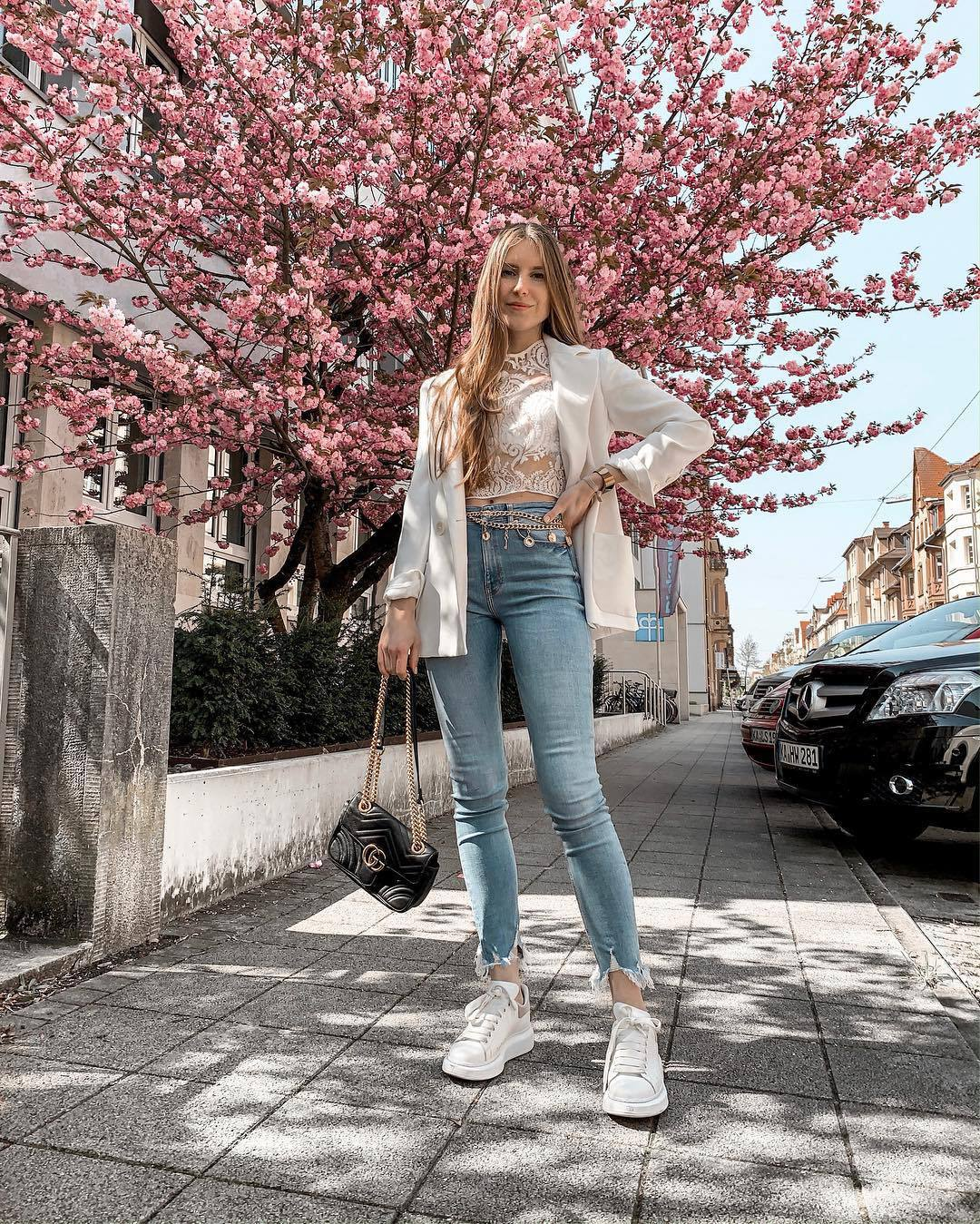 jeans high waisted jeans skinny jeans cropped jeans white sneakers black bag gucci bag white blazer lace top