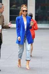 jacket,maria menounos,blue,blazer,oversized,jeans,celebrity,spring outfits