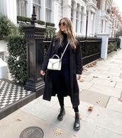 coat,black coat,black boots,black skinny jeans,black turtleneck top,white bag