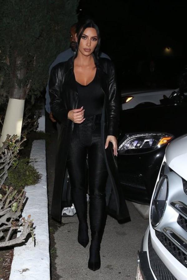 shoes kim kardashian pants boots kardashians celebrity all black everything coat leggings