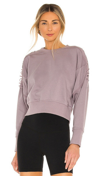 Nike Therma Fleece Crop Sweatshirt in Lavender in purple