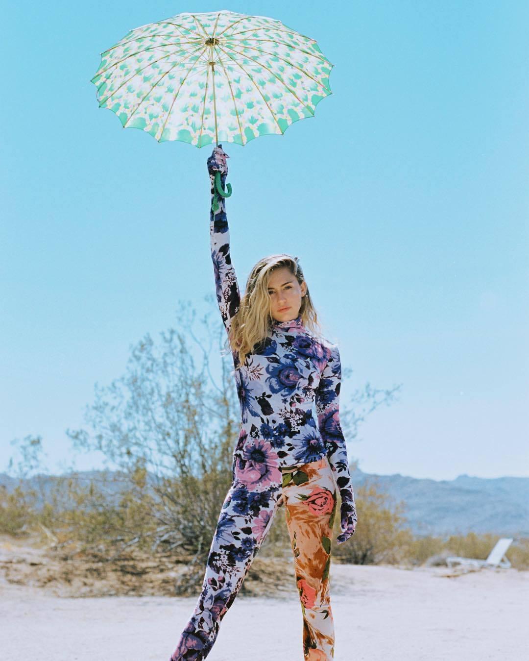 pants floral leggings miley cyrus celebrity instagram top turtleneck