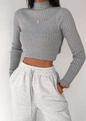 sweater,grey,polo shirt,winter outfits,summer,light grey,sweatpants,jewelry,grey sweater,belly t-shirt,polo sweater,grey sweatpants,outfit idea
