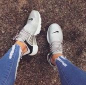 shoes,nike sneakers,nude sneakers