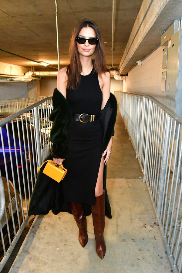 shoes black dress black boots celebrity model off-duty emily ratajkowski