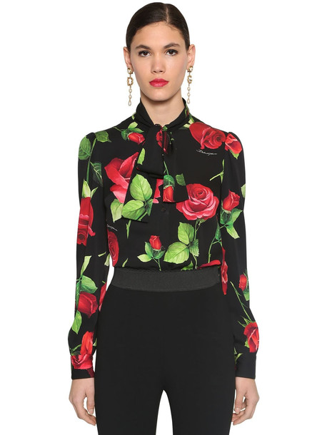 DOLCE & GABBANA Printed Bow Tie Charmeuse Blouse in black / red