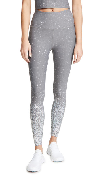 Beyond Yoga Alloy Ombre High Waisted Midi Leggings in grey / silver