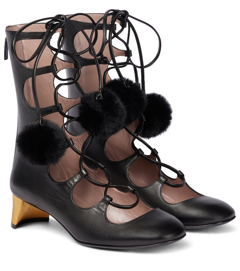 Gucci Lace-up leather ankle boots in black