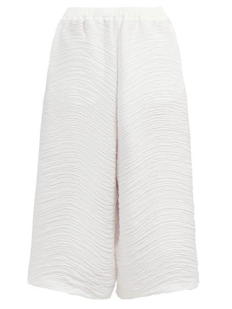 Issey Miyake - Wide Leg Pleated Trousers - Womens - White