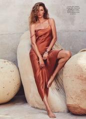 dress,slit dress,model,editorial,gisele bündchen