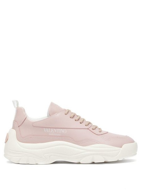 Valentino - Gumboy Raised Sole Leather Low Top Trainers - Womens - Pink