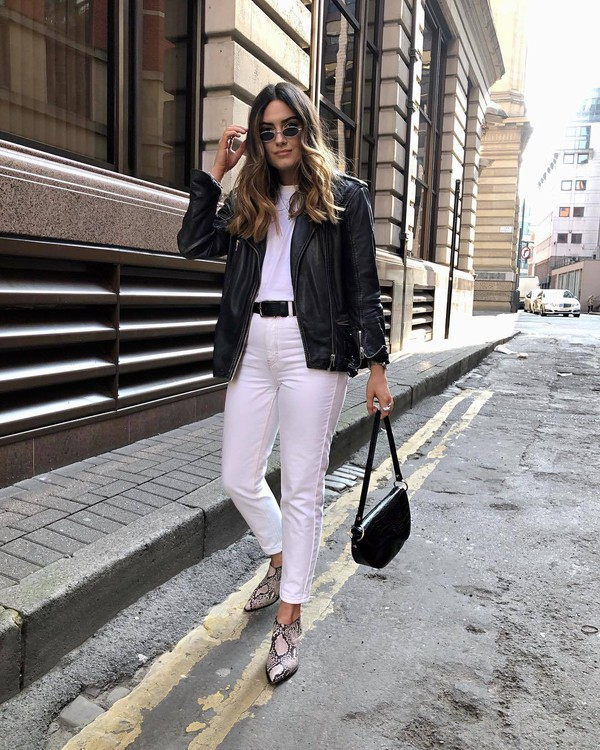 jeans white jeans high waisted jeans ankle boots snake print black bag black jacket white t-shirt black belt