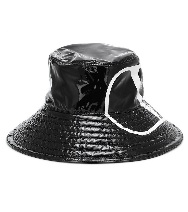 Valentino Garavani VLOGO patent bucket hat in black