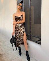 dress,brown dress