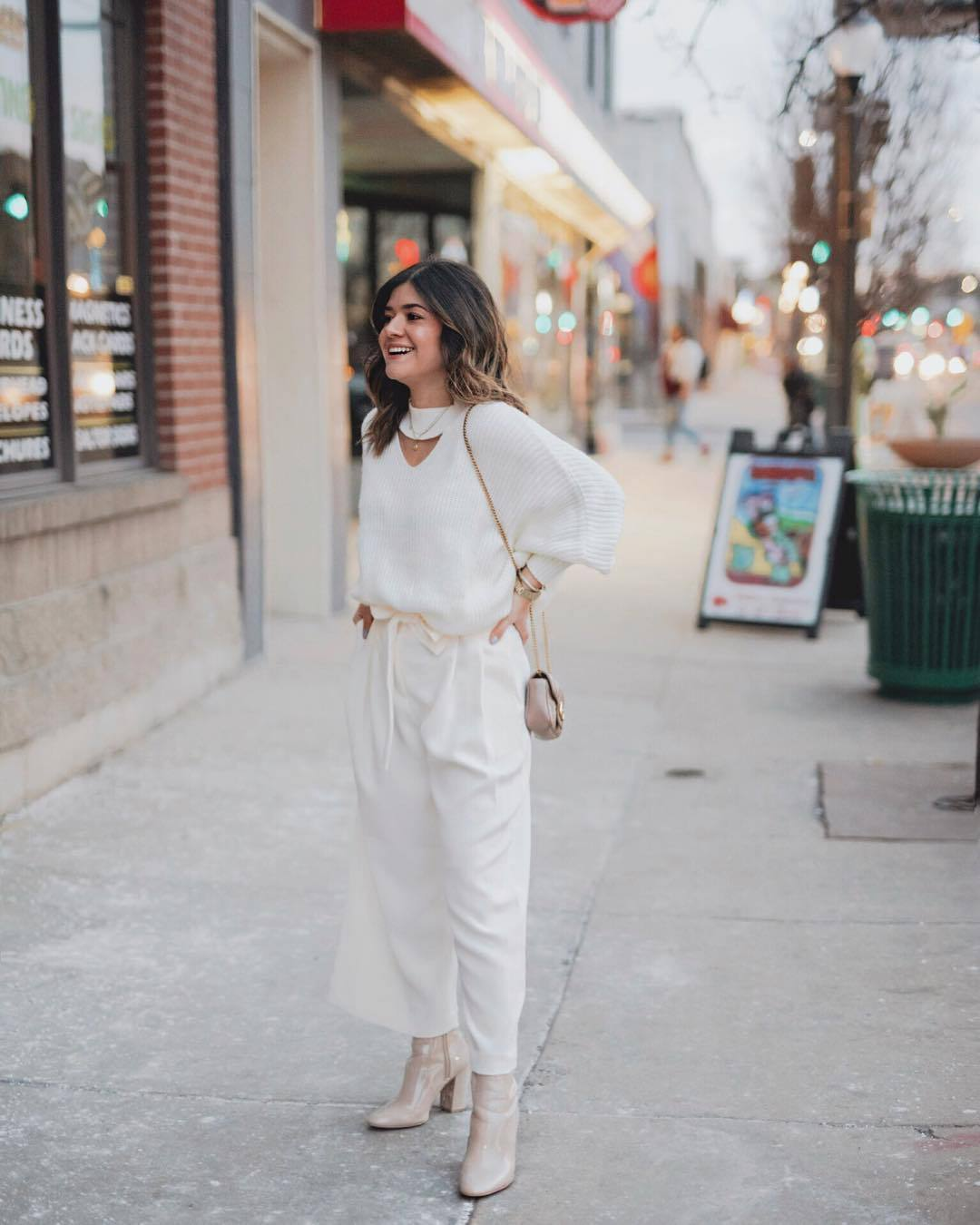 pants white pants wide-leg pants ankle boots patent boots heel boots high waisted pants white sweater crossbody bag