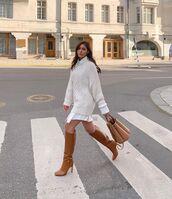 sweater,white sweater,oversized sweater,knee high boots,bag,white shirt