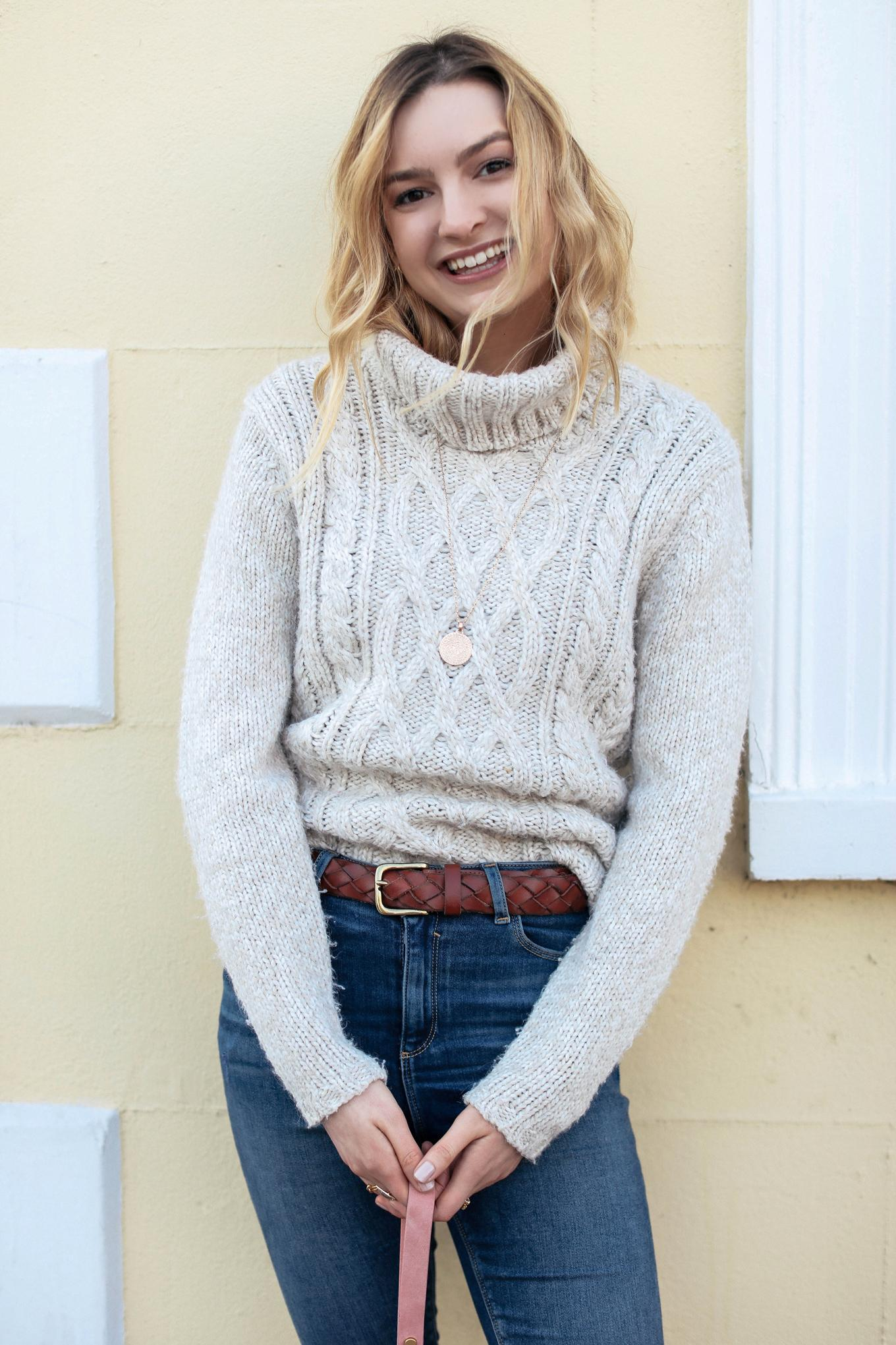 cocos tea party blogger sweater jeans belt bag jewels