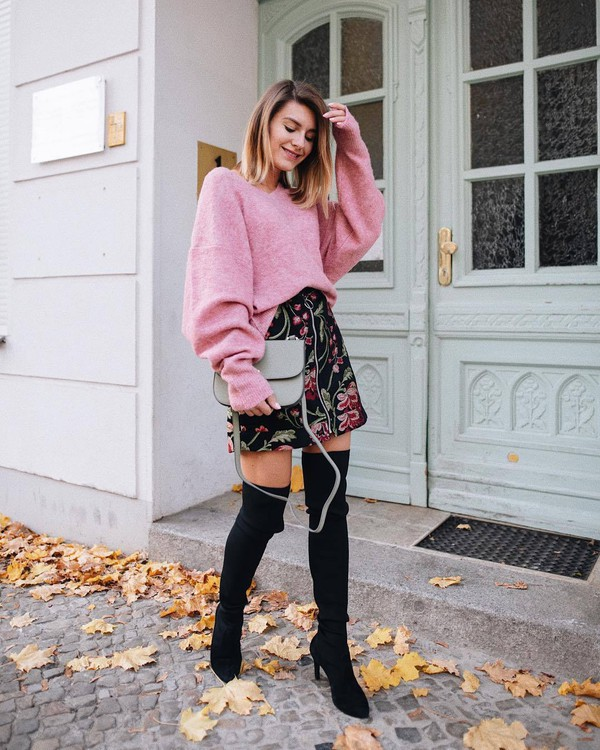 sweater pink sweater oversized sweater black boots over the knee boots heel boots mini skirt floral skirt black skirt crossbody bag