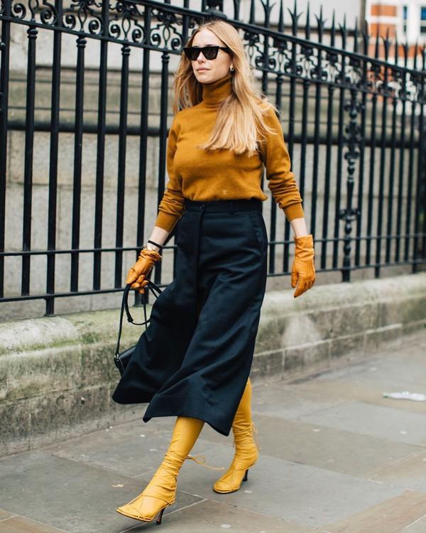 sweater turtleneck sweater celine sandals knee high socks black pants wide-leg pants gloves black bag