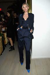 pants,navy,navy pants,elsa hosk,model off-duty,stripes,suit,blazer,celebrity,purse,pumps