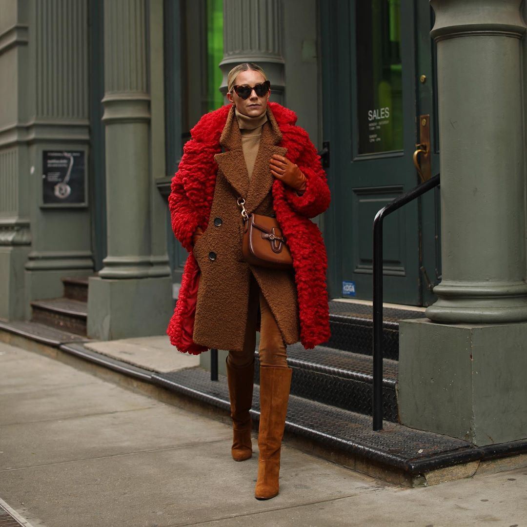 bag brown bag gucci bag brown boots suede boots knee high boots skinny pants brown coat double breasted red coat faux fur coat turtleneck leather gloves