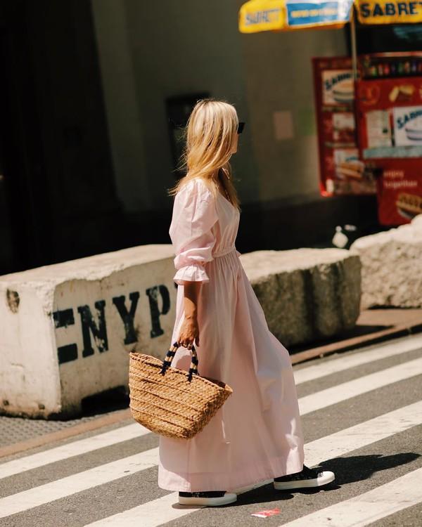 dress maxi dress long sleeve dress sneakers woven bag