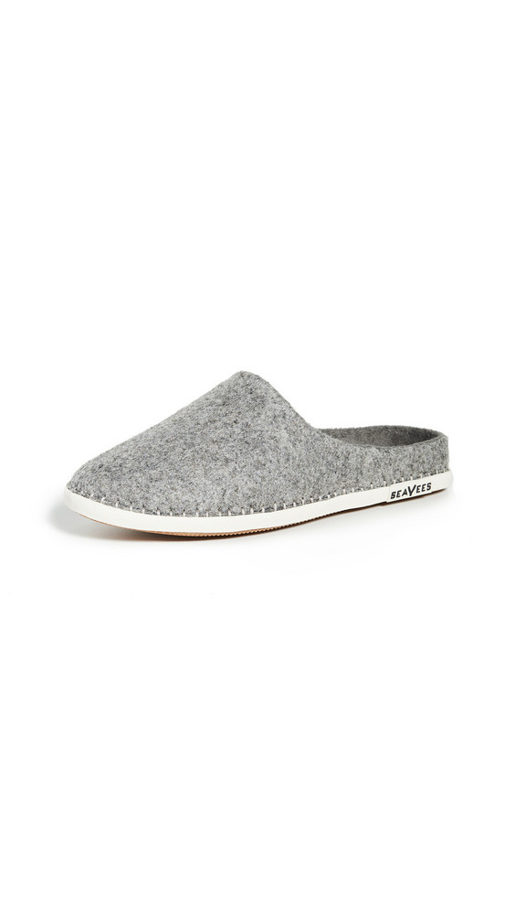 SeaVees Stag Scuff Slippers in grey