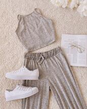 shoes,pants,top