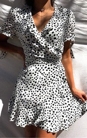 dress,white dress,wrap dress,cute dress,polka dots,gorgeous