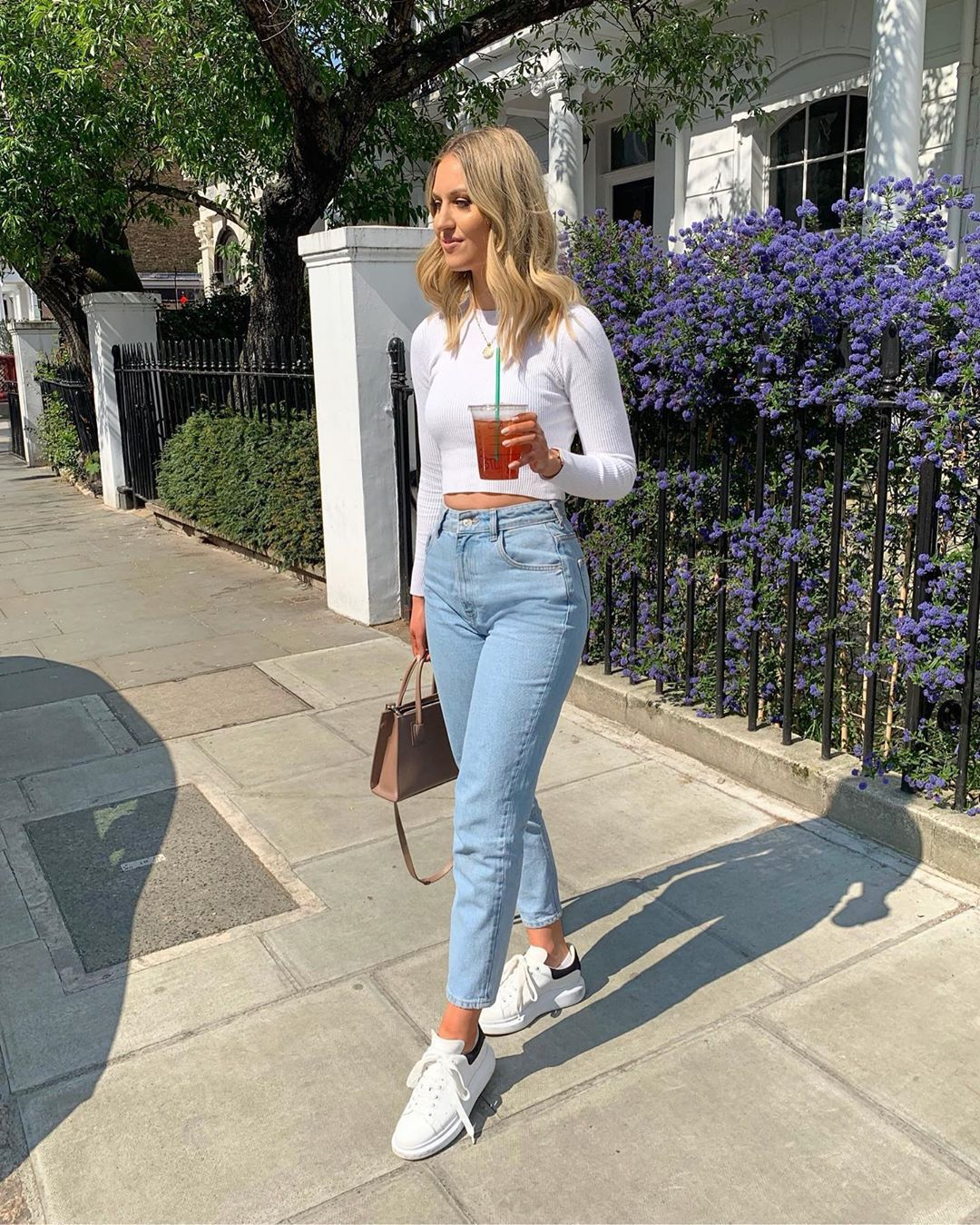 jeans high waisted jeans zara white sneakers bag white top long sleeves crop tops