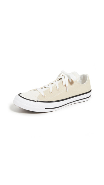 Converse Chuck Classic Sneakers in black / natural