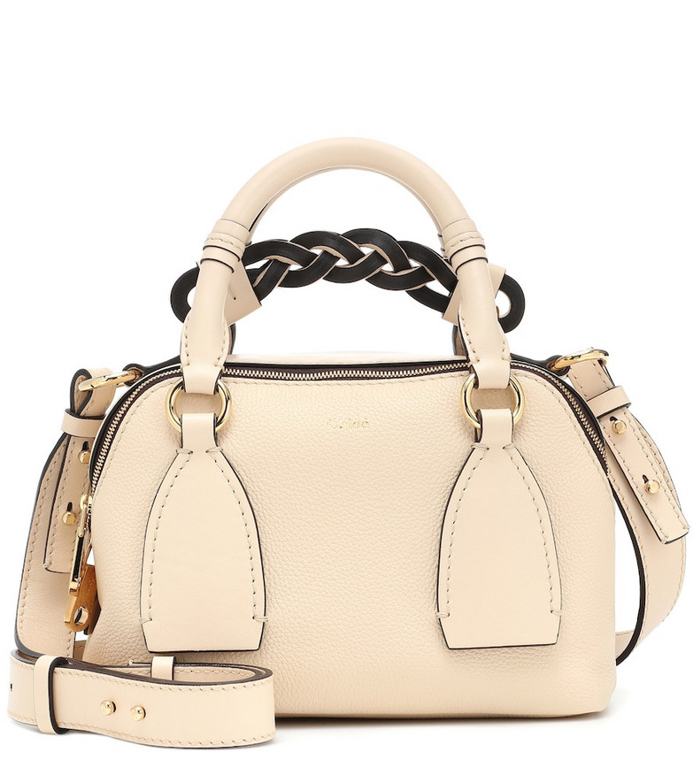 Chloé Daria Small leather shoulder bag in beige