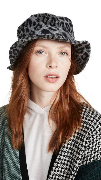 Brixton Hardy Bucket Hat in black / leopard