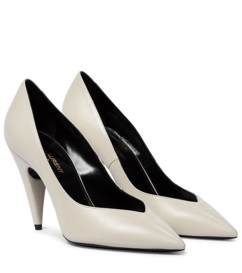 Saint Laurent Leather pumps in white