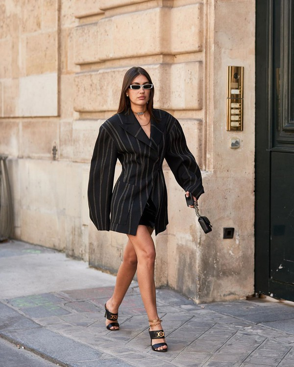 shoes black sandals oversized stripes black blazer versace mini skirt black skirt black bag