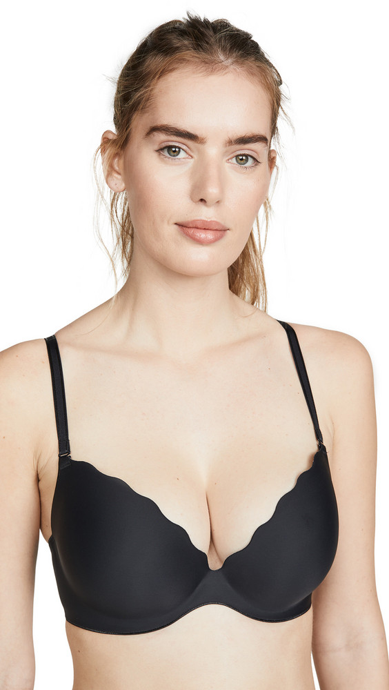 b.tempt'd by Wacoal B.Wow'd Push-Up Contour Bra in black
