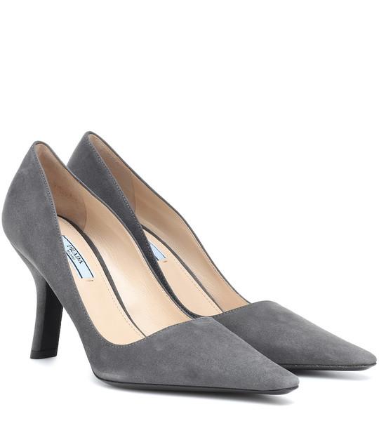 Prada Suede pumps in grey