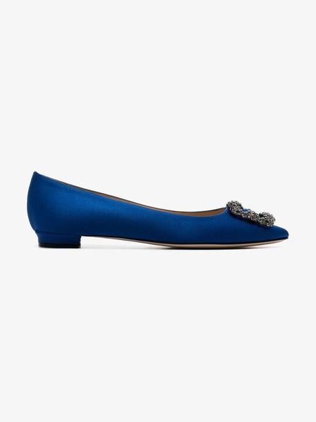 Manolo Blahnik blue hangisi satin flat pumps