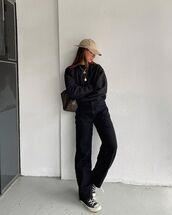 jeans,black jeans,sneakers,sweatshirt,bag,fendi,cap