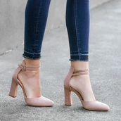 shoes,cream or black color