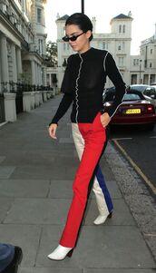 pants,kendall jenner,model,model off-duty,streetstyle,streetwear,colorblock,calvin klein