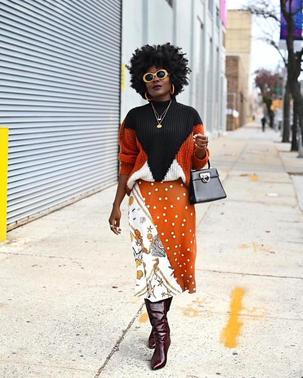 skirt midi skirt polka dots knee high boots sweater black bag