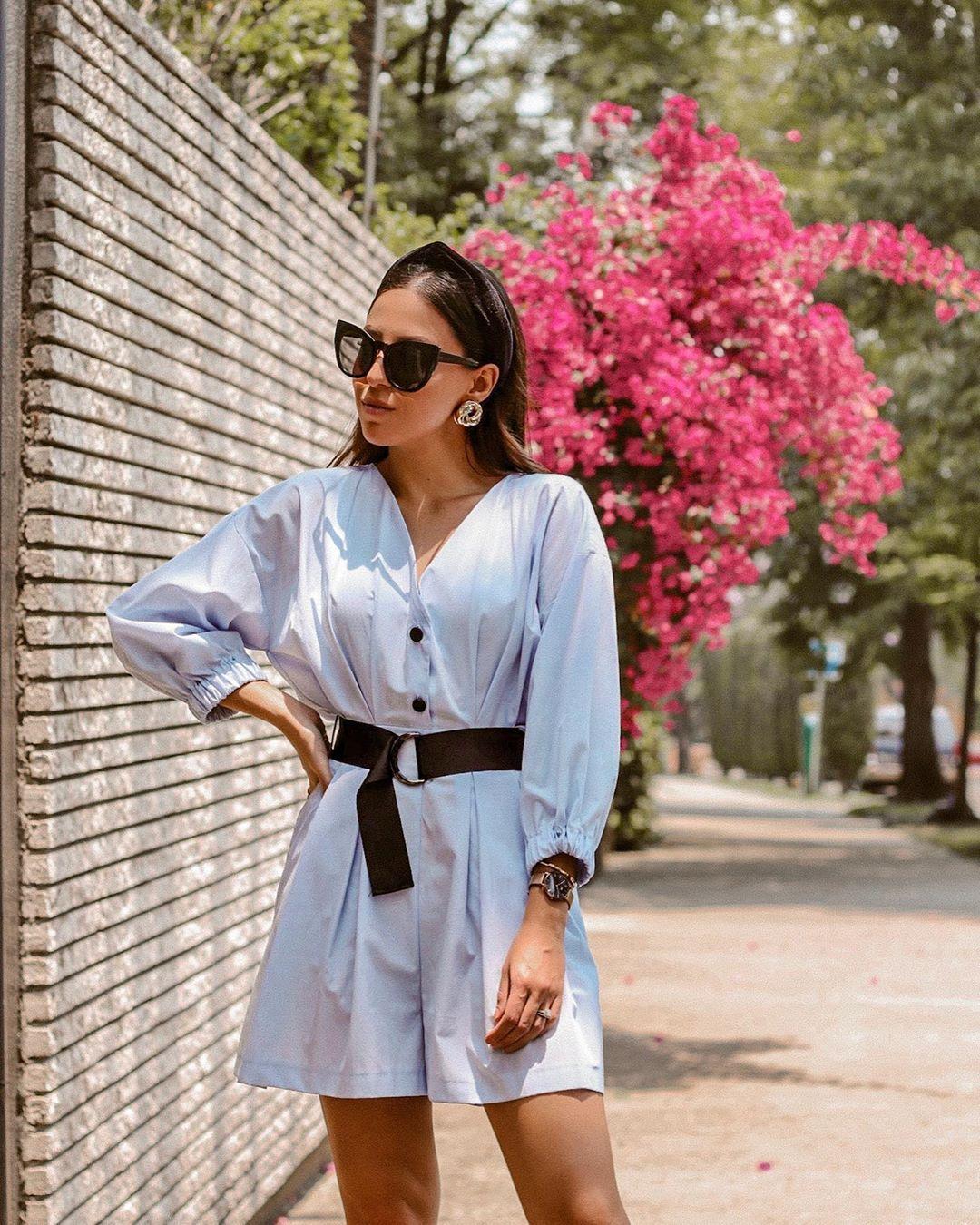 romper long sleeves belt sunglasses