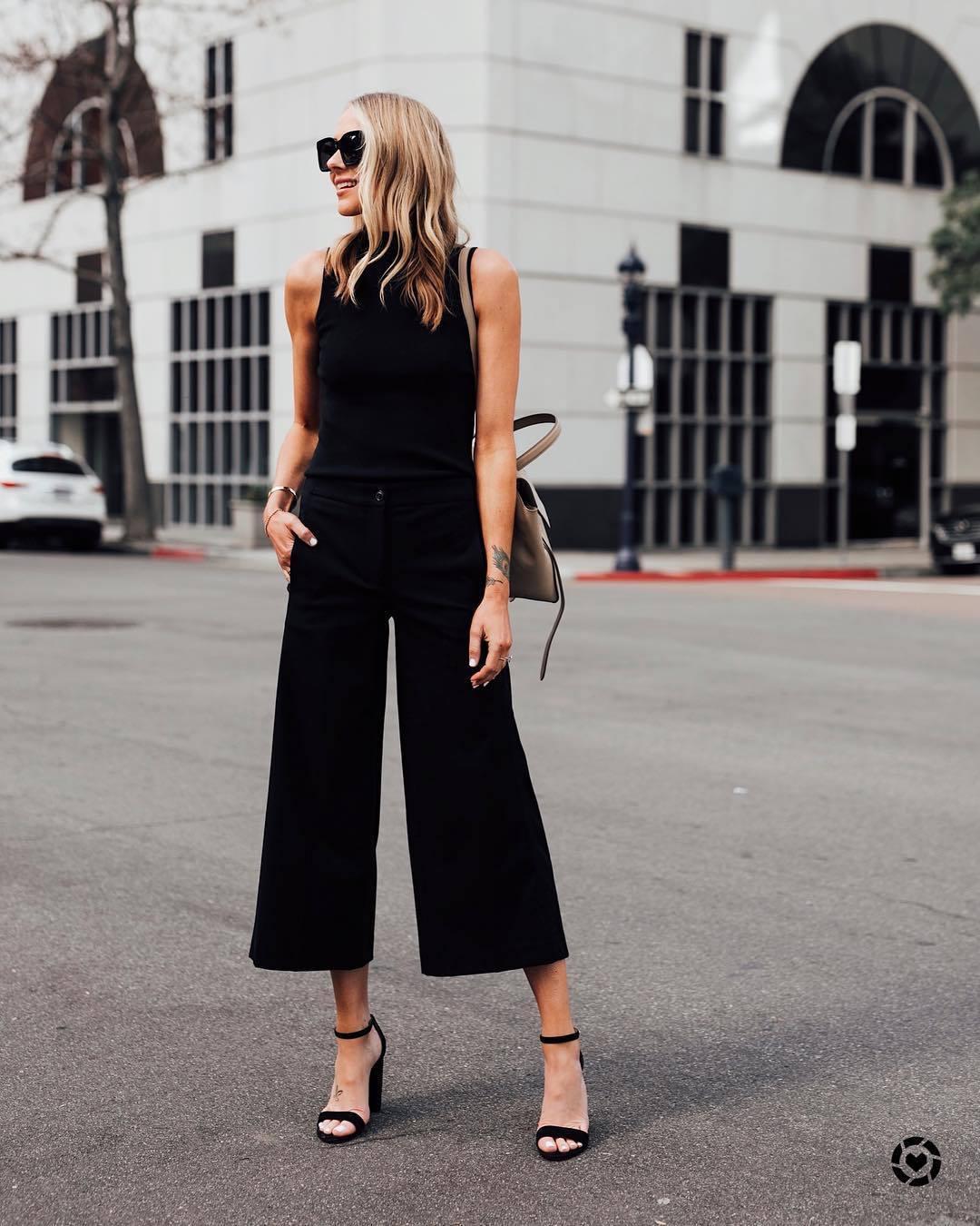 pants wide-leg pants black pants high waisted pants black sandals black top turtleneck sleeveless bag